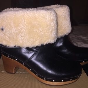 Ugg Lynea black leather ankle boots